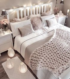 Small bedroom decorating ideas including cozy decor such as faux fur, lots of pillows, blankets, han Cute Bedroom Ideas, Room Ideas Bedroom, Cozy Bedroom, Home Decor Bedroom, Bedroom Themes, Bedroom Styles, Bedroom Inspo, Cozy Small Bedroom Decor, Cozy Master Bedroom Ideas