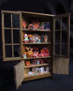 12th scale Halloween Cabinet by goddess of chocolate, via Flickr