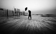 Black and White Photography by Guy Cohen – Fubiz™