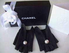 Fierce Fingerless leather gloves on Pinterest | Gloves ...