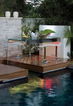 Build waterfall in the garden itself - 99 ideas on how to enjoy the harmony of nature - Garden Design Ideas Minimalist Garden, Minimalist House Design, Minimalist Home, Small Fountains, Garden Fountains, Water Wall Fountain, Swimming Pool Waterfall, Fountain Design, Water Walls