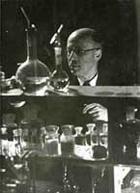 Leopold Ruzicka (1887-1976). Professor für Chemie. Nobelpreis für Chemie. Porträt aus dem Bildarchiv der ETH-Bibliothek.