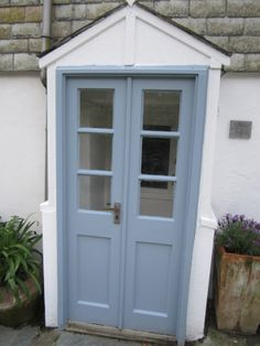Lovely Cottage Doors, Port Isaac, Cornwall.
