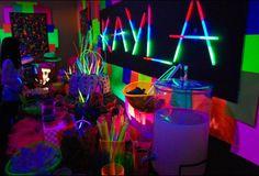 Glow in the dark DYI lemonade