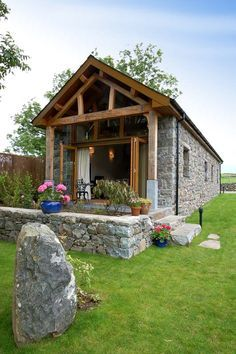 Gorgeous Welsh Cottage for holiday - Unique Self Catering Barn Conversion on a Working Snowdonia Farm