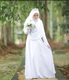 Syari Bride by ? Muslim Wedding Gown, Malay Wedding Dress, Muslimah Wedding Dress, Muslim Wedding Dresses, Muslim Brides, Muslim Dress, Dream Wedding Dresses, Bridal Dresses, Bridesmaid Dresses