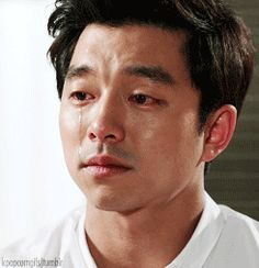 Gong Yoo's cry makes my heart ache.. :(