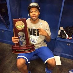 Aaron Harrison.  Kentucky Wildcats