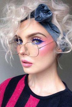 Make Up Looks, 80s Makeup Trends, 80s Trends, Makeup Tips, Hair Makeup, Makeup Ideas, Vintage Eye Makeup, 1980s Makeup And Hair, 80s Eye Makeup