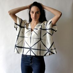 The B+W Lattice Box Top is hand-dyed using Japanese Shibori Itajime to create the black and white lattice pattern. Simple box shape, low v neck with back design detail. Blusas T Shirts, Mode Wax, Fashion Tips For Women, Womens Fashion, Diy Clothes, Clothes For Women, Streetwear, Pullover Shirt, Quoi Porter