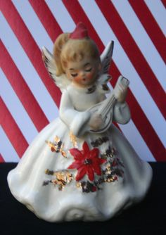 Image uploaded by Find images and videos about vintage, christmas and angel on We Heart It - the app to get lost in what you love. Vintage Christmas Images, Christmas Scenes, Christmas Past, Retro Christmas, Vintage Holiday, Christmas Angels, Christmas Holidays, Christmas Girls, Vintage Ornaments