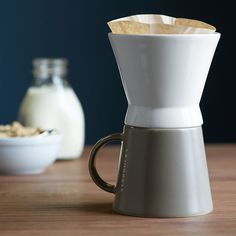 Create+aromatic+coffee,+one+cup+at+a+time,+with+this+pour-over+brewer+and+mug+set.