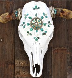 Jewel Cow Skull @Kelly Teske Goldsworthy Teske Goldsworthy Teske Goldsworthy Womble u should make these