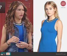 KC's blue contrast trim top on KC Undercover.  Outfit Details: http://wornontv.net/46665/ #KCUndercover