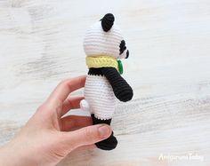 Cuddle Me Panda - free amigurumi pattern