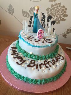 Frozen inspired 6th birthday cake by Simon Walker