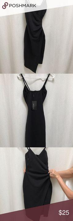 Pretty Little Thing Black Wrap Dress Cute black wrap dress Pretty Little Thing brand Style made famous by Kylie Jenner US 4/ UK 8 cheaper on ♍️erc Pretty Little Thing Dresses Mini