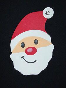 diy adventskalender weihnachtsm nner mit roten t ten. Black Bedroom Furniture Sets. Home Design Ideas