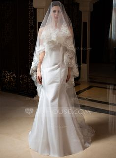 One-tier Cathedral Bridal Veils With Lace Applique Edge (006035832)