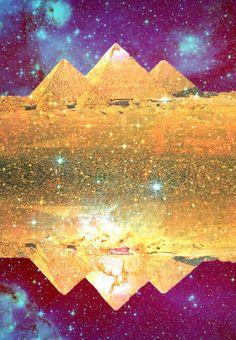 Trippy Pyramids