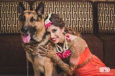 Super New Checklist: 12 New Poses for Fun Bridal Portraits ! Bridal Poses, Bridal Photoshoot, Bridal Shoot, Bridal Portraits, Photoshoot Ideas, Lehenga Choli, Anarkali, Indian Mehendi, Mehndi