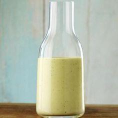 Make salad dressing yourself - that's how it works - Rezepte - Salat Rezepte Vinaigrette Dressing, Salad Dressing Recipes, Egg And Cress, Yogurt Salad Dressings, Mustard Recipe, Salad Sauce, Yogurt Recipes, Dips, Food