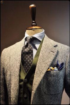 Gentleman Style 344806915204848366 - Do something about that pocket square, but otherwise this is great. Plus Source by sspeedmaster Harris Tweed, Sharp Dressed Man, Well Dressed Men, Gentleman Stil, Blazer En Tweed, Suit Fashion, Mens Fashion, Classy Fashion, Fashion Outfits