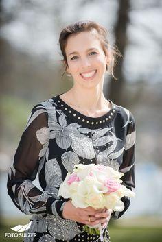 Hochzeit-Schloss-Mondsee-Oberösterreich Portraits, Women, Fashion, Pictures, Moda, Fashion Styles, Head Shots, Portrait Photography, Fashion Illustrations