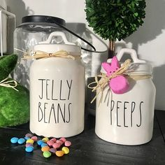 This Rae Dunn Inspired JELLYBEANS and PEEPS Spring/Easter Decals is just one of the custom, handmade pieces you'll find in our home décor shops. Easter Candy, Hoppy Easter, Ray Dunn, Easter Crafts, Easter Decor, Easter Ideas, Easter Projects, Art Projects, Burlap Pumpkins