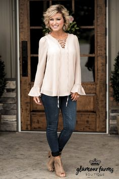 Georgia Bell Sleeve Top - Taupe fashion for over 50 Glamour Farms Boutique Fashion For Women Over 40, 50 Fashion, Look Fashion, Fashion Outfits, Fashion Trends, Fashion Clothes, 40 Year Old Womens Fashion, Boho Fashion Over 40, Fashion Over Fifty