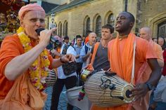 Ratha Yatra festival in Leipzig, Germany (Album with photos) Srila Prabhupada: The performance of sankirtana-yajna is a special concession for h…