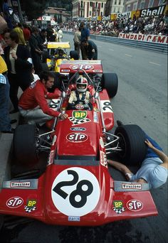 #28 Chris Amon (NZ) - March 701 (Ford Cosworth V8) rear suspension (2) March Engineering