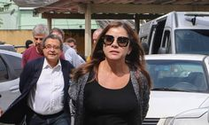 Oficial de Justiça bateu à porta do casal João Santana e Mônica Moura e pensou estar num resort, veja... - https://pensabrasil.com/oficial-de-justica-bateu-porta-do-casal-joao-santana-e-monica-moura-e-pensou-estar-num-resort-veja/