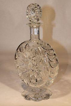 Baccarat Crystal Decanter Z Baccarat Crystal, Crystal Decanter, Crystal Glassware, Crystal Vase, Waterford Crystal, Bottle Vase, Glass Bottles, Carafe, Cut Glass