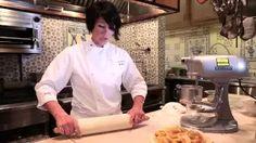 how to make flaky pie crust - YouTube