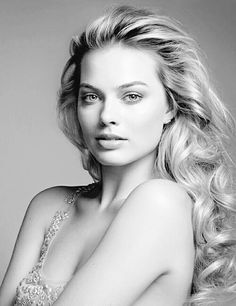 Photo taken: 2016 Person: Margot Robbie Artist: unknown Source: unknown Age: 25