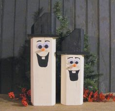 Set of TWO Reclaimed Wood Snowmen. Adorable Wooden Snowman for Table Top, Mantle, Shelves or Porch. Made with Reclaimed Wood that has been Hand Painted. With Brimmed Top (Christmas Mantle Nutcracker) Primitive Christmas, Christmas Wood Crafts, Outdoor Christmas, Rustic Christmas, Christmas Snowman, Christmas Projects, Holiday Crafts, Christmas Ornaments, Primitive Decor