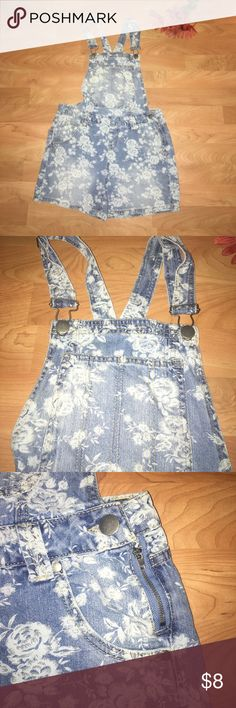 🌸Flower Bibs🌸 Formal pattern Bibs...very soft Jean fabric 15 inch waist joe Boxer Jeans Overalls