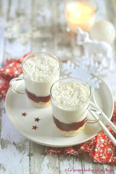 verrine cranberries - chocolat blanc bovetti Vegan Desserts, Vegan Recipes, Dessert Recipes, Dessert Ideas, Vegan Pastries, White Chocolate Mousse, Pasta, Coco, Desert Recipes