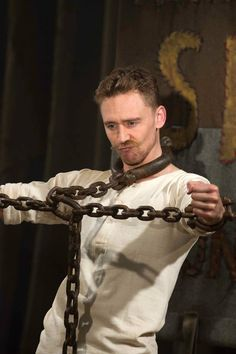 Tom Hiddleston as The Great Escapo in Muppets Most Wanted. Via Torrilla.tumblr.com