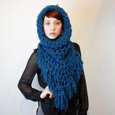 Fringe Cowl neck chunky scarf hood shawl vegan Teal por HookedWear