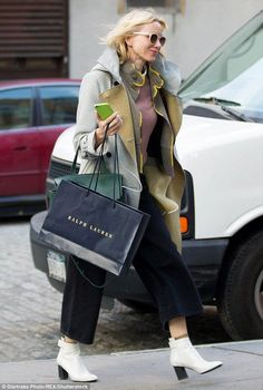 Naomi Watts appeared to be squeezing in some last minute shopping while out and about in New York on Wednesday afternoon.