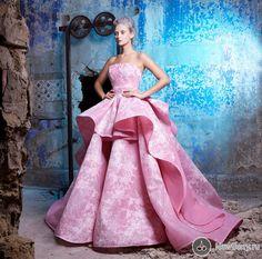Saiid Kobeisy Haute Couture осень-зима 2016-2017. Večerní ŠatyHaute ... f1ea25a36ef