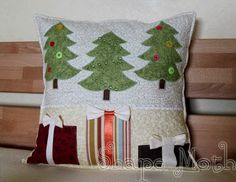 Gorgeous Handmade Christmas Pillow Inspirations_32