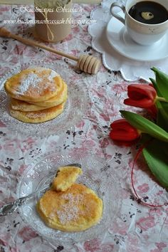 kuchnia na obcasach: Placuszki z serka wiejskiego First Communion Cakes, Pancakes, Side Dishes, Recipies, Healthy Recipes, Healthy Meals, Food And Drink, Sweets, Cooking