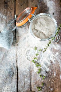 Gotowanie i pieczenie - I love it .: Zakwas żytni/ pszenny