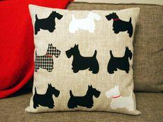 Funda de almohada de Scottish Terrier. Almohadilla de tiro. Almohada de lino apliques. Tartán blanco y negro.