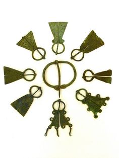 viking brooches by Chris Draper, via Flickr