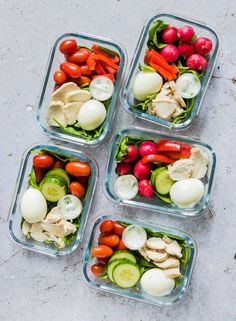 These Healthy Chicken Meal Prep Bowls are super versatile tasty satisfying and SO easy to make. And at zero Weight Watchers freestyle points they are just the thing to help you get you back on track with healthy eating. Lunch Meal Prep, Meal Prep Bowls, Easy Meal Prep, Healthy Meal Prep, Healthy Eating, Healthy Food, Paleo Food, Healthy Lunches, Keto Meal