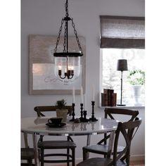 Lampa wisząca Gottne szwedzkiej marki Markslojd. https://blowupdesign.pl/pl/33-wiszace-stolowe-lampy-szklane-kule-styl-nowoczesny